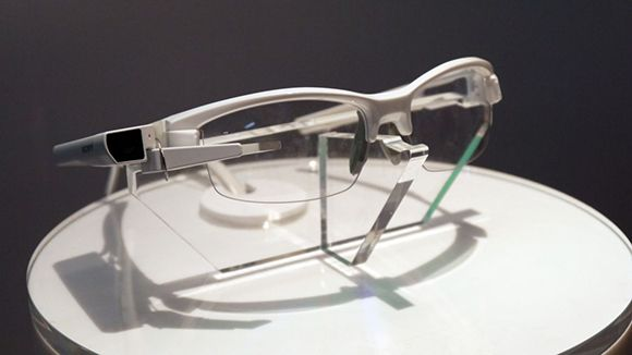 Sony's own Eye Glass is now all cleared to launch!